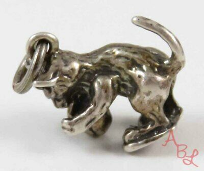 Sterling Silver Vintage 925 Cat Playing With Ball Pendant (3.9g) - 753484