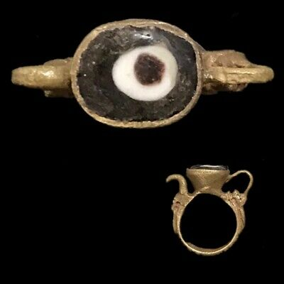 Stunning Top Quality Post Medieval Ring (10)