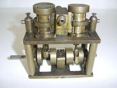 Interesting Model live steam engine -  brass.