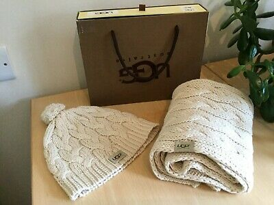 Ugg Cream Cable Knit Hat And Scarf Boxed Set