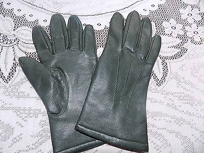 ladies vintage green faux leather cotton backed vinyl gloves size 6.5 by PROVA