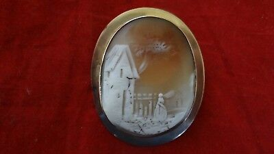 Fine Antique Victorian Large Unusual 12K Gold Shell Cameo With House Design