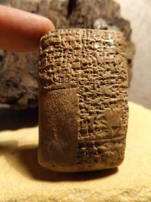 Sumerian / Babylon Cuneiform tablet - Ancient writing  Mesopotamia