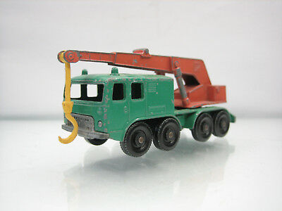 Diecast Matchbox Lesney 8 Wheel Crane No. 30 in Green Good Condition