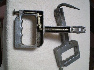 Rare Vintage Mechanical Thumb Operated Hay Hooks By Senften-Behlen Co, (FLIPO)