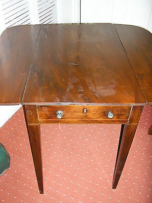 Small Attractive Victorian Pembroke Table For Repair