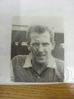 1961-1964 Autograph(s): Arsenal - Laurie Brown [Approx 3x4 Inches] (Black & Whit