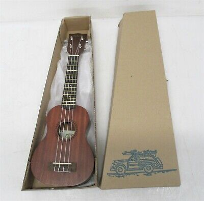 Stagg Model HGB2UK-B Baritone Ukulele Nylon /& Foam Zippered Hard Case w//pockets