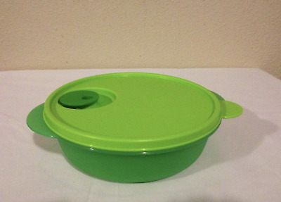 Tupperware Crystalwave Divided Dish Microwave Safe Bowl 4 1/4 cups Green New