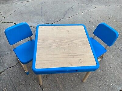 1985 VINTAGE Fisher Price Child Table 2 Chairs Preschool Arts & Crafts