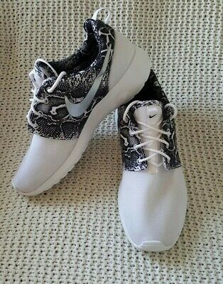 cheap for discount 669a3 b3585 WOMEN'S NIKE ROSHE Run Flyknit Shoes Sz 5.5 36 Used 704927 ...