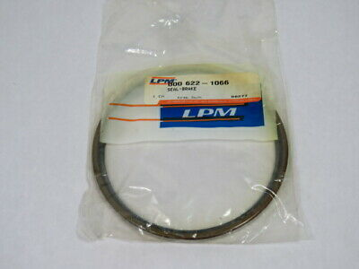 LPM 622-1066 Oil Seal for Forklift Brake ! NWB !