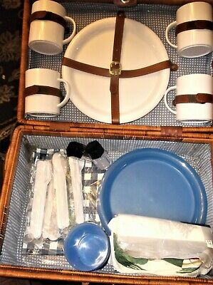 Wicker Hamper Picnic Basket Contrast Weave Loads Inside New & Used Blue White
