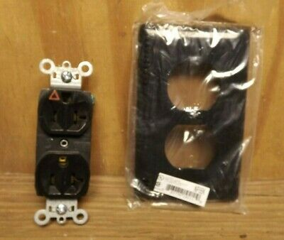 RECEPTACLE and UB plate  IG5362-BK ISOLATED GROUND , 20A, 125V, BLACK P & S