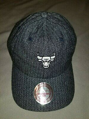 info for a1a2f d3d63 Nba Chicago Bulls Mitchell   Ness Strapback Reverse Slouch Hat Mens Blue  Denim