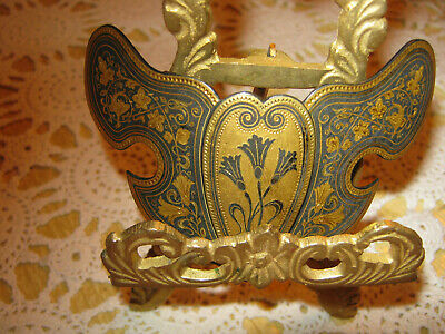 Beautiful Solid brass belt buckle in a shield  design with a