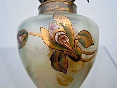 Lampe petrole epoque art nouveau decor fleurs old oil lamp enameled glass