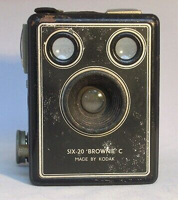 Vintage Six-20 Brownie C Kodak Box Camera