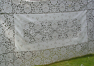 B'ful Vtg Madeira Lge Richly Hand Embroidered Cutwork Lace Cloth 120 X 68 Inches