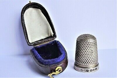 Antique Solid SILVER THIMBLE in Original LEATHER BOX by Walter Lunt  B'ham -1893