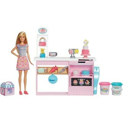 Barbie Cake Decorating Playset and Doll NEW