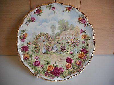 Royal Albert Old Country Roses 25 Year Celebration Wall Plate 1986