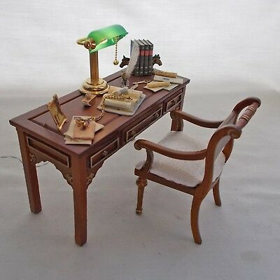 Dollhouse Miniature Filled Quality Jiayi Desk and matching Chair