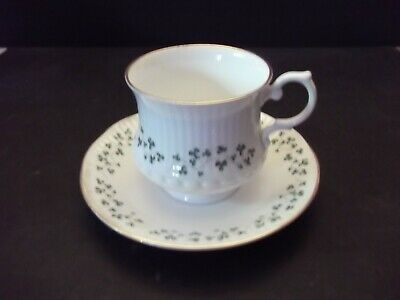 royal Tara, Ireland, Trellis Shamrock, cup and saucer