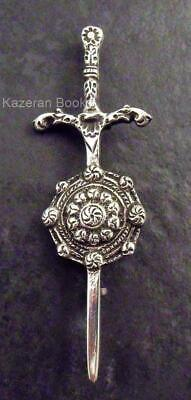 Vintage Solid Silver Chester Hallmarked Celtic Sword & Shield Broach Brooch 1952