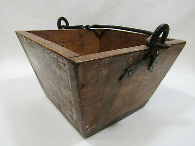 "Primitive Small Rustic Vintage 7"" Wooden Rice Berry Bucket w/Iron Handle"