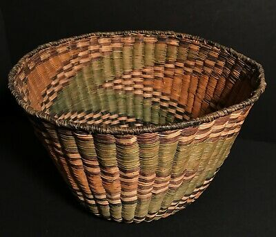 "ANOTHER FANTASTIC LARGE COLORFUL HOPI WICKER BASKET, 13"" D x 8.5"" H, EXCELLENT"