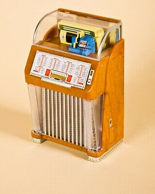 Seeburg M100C Juke-Box In Miniatura, Canzone 'Rock Around The Clock' / B. Haley