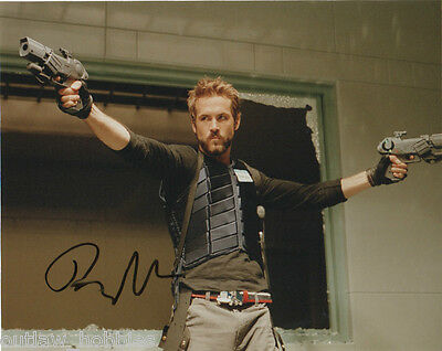 Ryan Reynolds Blade Autographed Signed 8x10 Photo COA AB