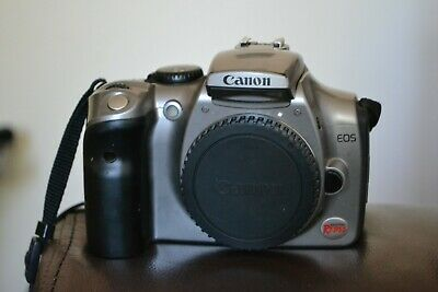 Canon EOS Digital Rebel DS6041 / 300D DSLR Camera and battery 6.3 megapixels
