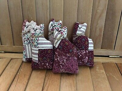 Primitive Quilted cat bowl fillers - barn red/cream - set of 5