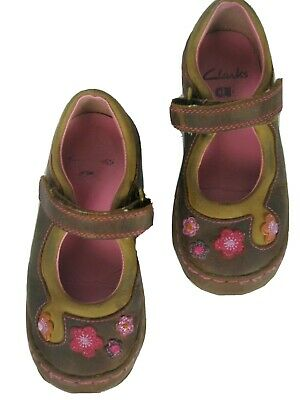 Clarks Toddler Size 8.5 F Fit Leather Shoes Brown w/ Pink Flowers & Stitching