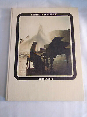 University Of San Diego  CA  1976 Alcala Yearbook  Students Faculty Sports Ads *