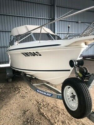 4.9M 1999 Caribbean fibreglass cuddy cab boat with 90 HP Mercury outboard