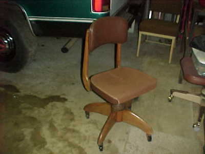 Vtg W.H. Gunlocke Antique Wood Swivel Bankers Office Desk Chair Seat PU MARYLAND