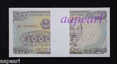 a bundle 100pcs Vietnam 1000 Dong Banknotes brand new paper money Uncirculated