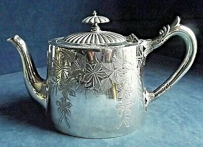 SUPERB ~ SILVER Plate ~ ORNATE Engraved TEAPOT ~ c1890 by Walker & Hall