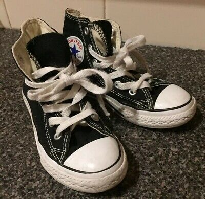 Kids All Star Converse Size 11 Sneakers, Runners, Boots, Awesome Pair of Shoes💙