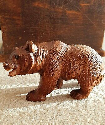 VINTAGE ANTIQUE CARVED WOODEN MINIATURE 5 inch BLACK FOREST BEAR WOOD Swiss