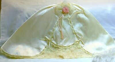 Barbie Doll Pale Yellow Long Skirt Glittery Panel In Front Bows Lace Pretty
