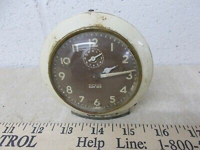 VINTAGE  Westclox USA Made  Wind Up alarm Clock Glow in the dark  Early