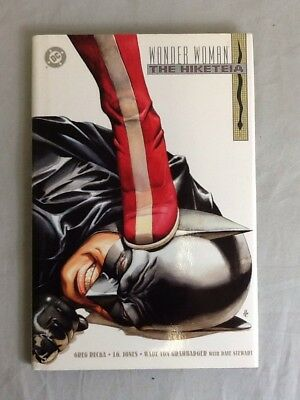 DC Comics Wonder Woman The Hiketeia By Greg Rucka HC USED