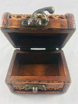 Vintage Antique Wooden Small Box Beauty Decoration Engraved And Crafted By Hand
