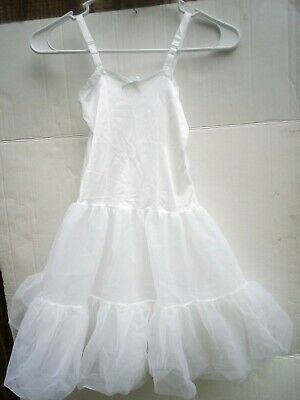 J.C. Collections White Puffy  Full Slip Girl Size 6 Vintage USA