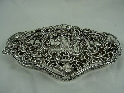 SUPERB, and very large,  solid silver DRESSING TABLE  BOX, 1909, 196gm