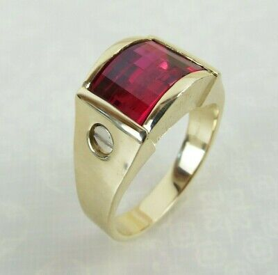 Fancy synthetic ruby 14k yellow Gold Strell gold ring size 10 1/4